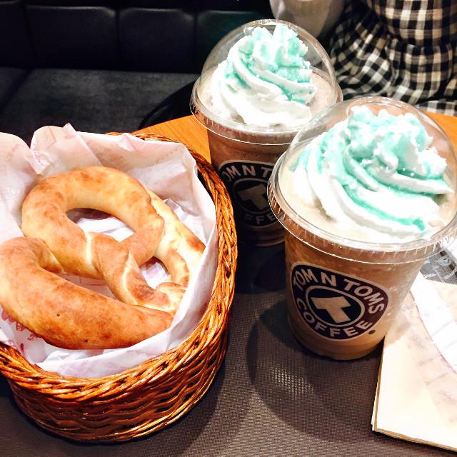 #pretzel #brezel #mint #coffee