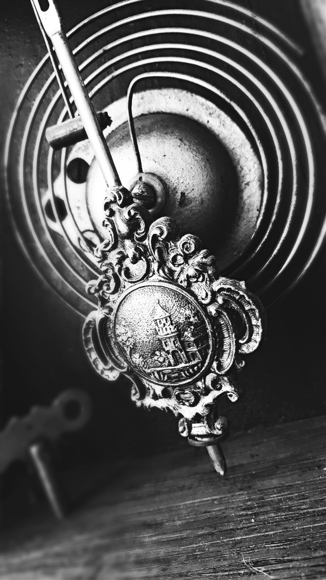 #blackandwhite #classic #clock #hdr #vintage #oldphoto #photography #blur #eyecapture #drama  #tiltshift #spiral