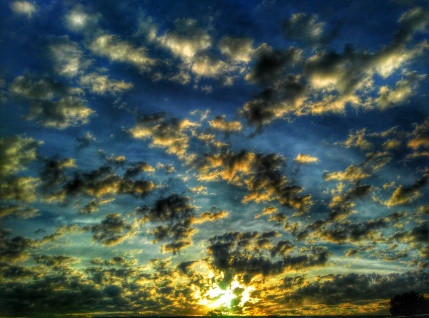 12/01/2015... 7:36am... Picture taken & edited by Shawn Lee Honaker...