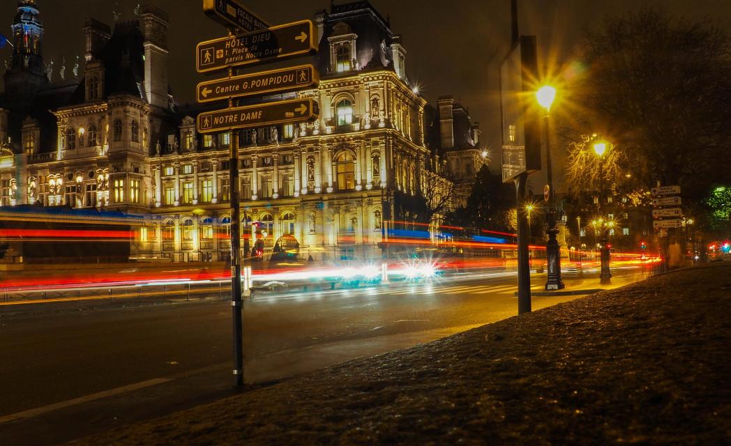 #hoteldeville #paris #france #longexpo #longexposure  #hiver #street  #photography
