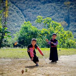 game children ethnic vietnam spin