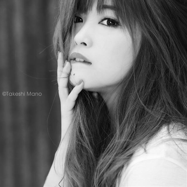 んー。  #portrait #woman #girl #model #monochrome #blackandwhite
