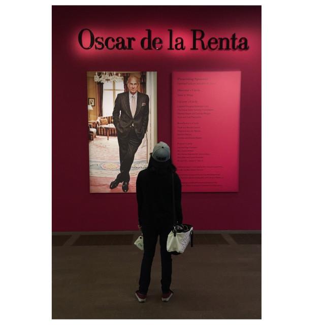 #oscardelarenta #fashion #museum  #FreeToEdit