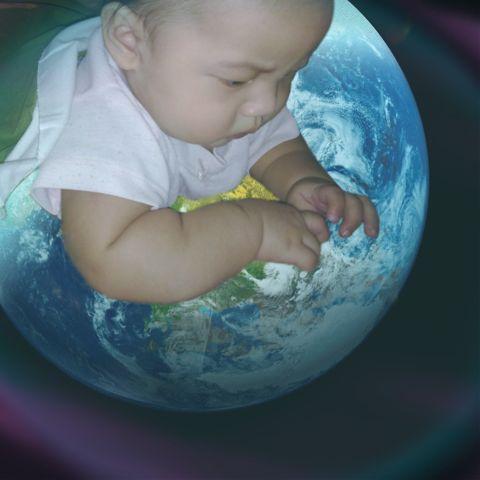 wapearthinhands earth lightmask baby playground