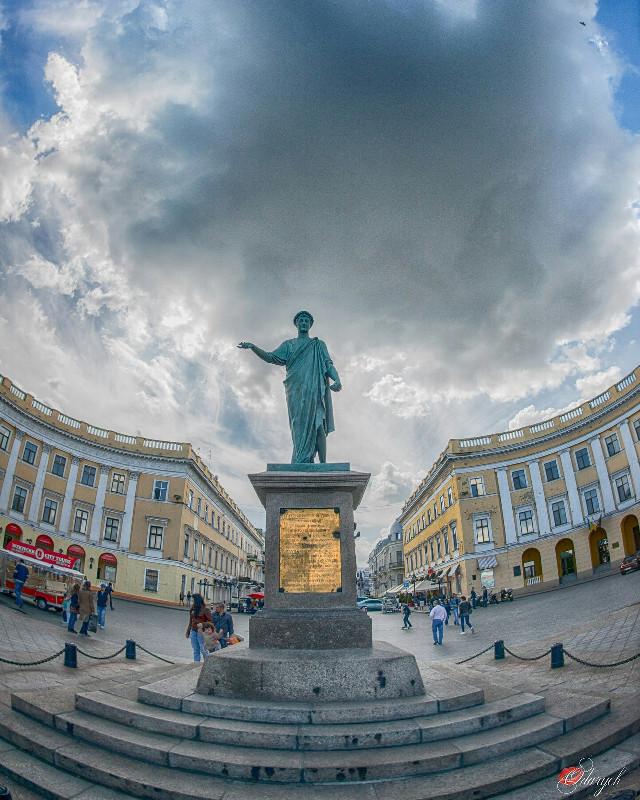 Не с третьего люка... #odessa #hdr #photography #photo #photographer #city #travel #summer